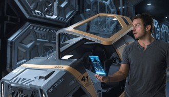 Chris Pratt as Jim Preston – Passengers